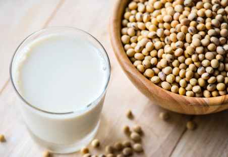 soya beans and milk