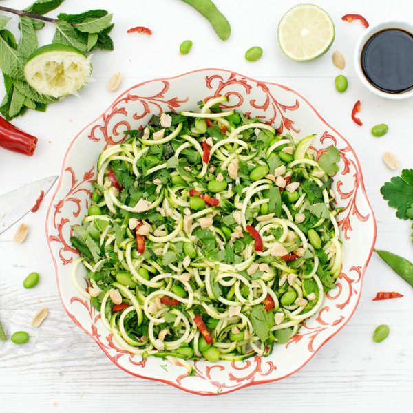 Spiralised Courgette & Edamame Salad [vegan] by The Flexitarian