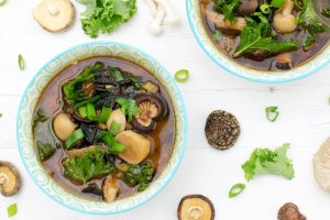 Shiitake & Kale Miso Soup [vegan] [gluten free] by The Flexitarian