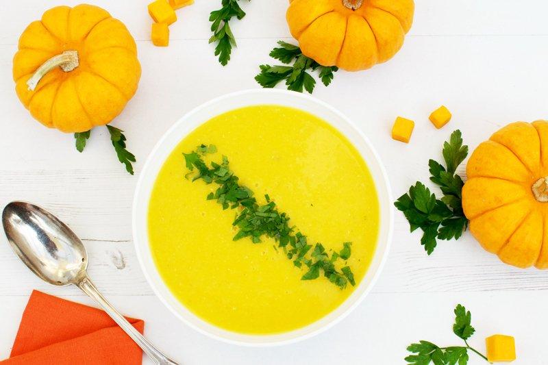 Pumpkin & Apple Ginger Soup [vegan] [gluten free] by The Flexitarian