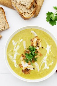 Curried Leek & Parsnip Soup [vegan] [gluten free] by The Flexitarian