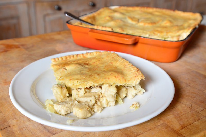 Quorn Chicken Style Pieces and Leek Pie [vegetarian]