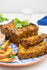 Moroccan Quorn Meatloaf with Creamy Harissa Dressing [vegetarian] by The Flexitarian