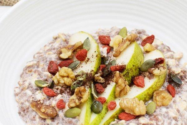 Raw Chocolate Overnight Porridge [vegan] [gluten free] by The Flexitarian