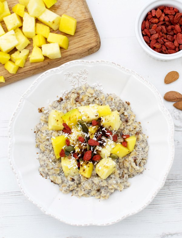 Pineapple & Mango Ginger Porridge [vegan] [gluten free] by the Flexitarian