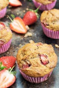 Low Sugar Banana & Strawberry Muffins [vegan] by The Flexitarian