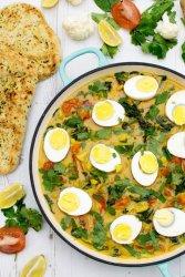 Cauliflower & Spinach Egg Curry [vegetarian] by The Flexitarian