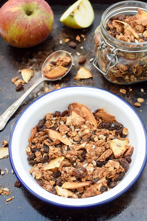 Apple & Cinnamon Granola [vegan] by The Flexitarian