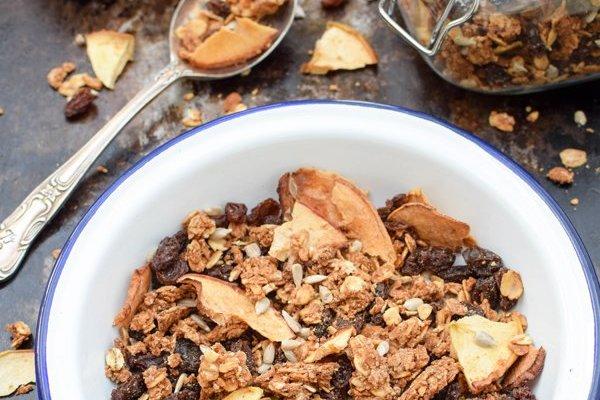 Apple & Cinnamon Granola [vegan] by The Flexitarian