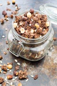 Chocolate & Hazelnut Spelt Granola [vegan] by The Flexitarian