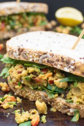 Curried Chickpea Sandwich [vegan] by The Flexitarian