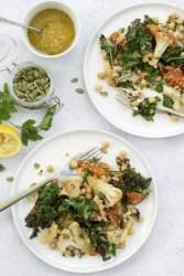 Warm Cauliflower & Kale Salad [vegan] 2020 © Annabelle Randles   The Flexitarian