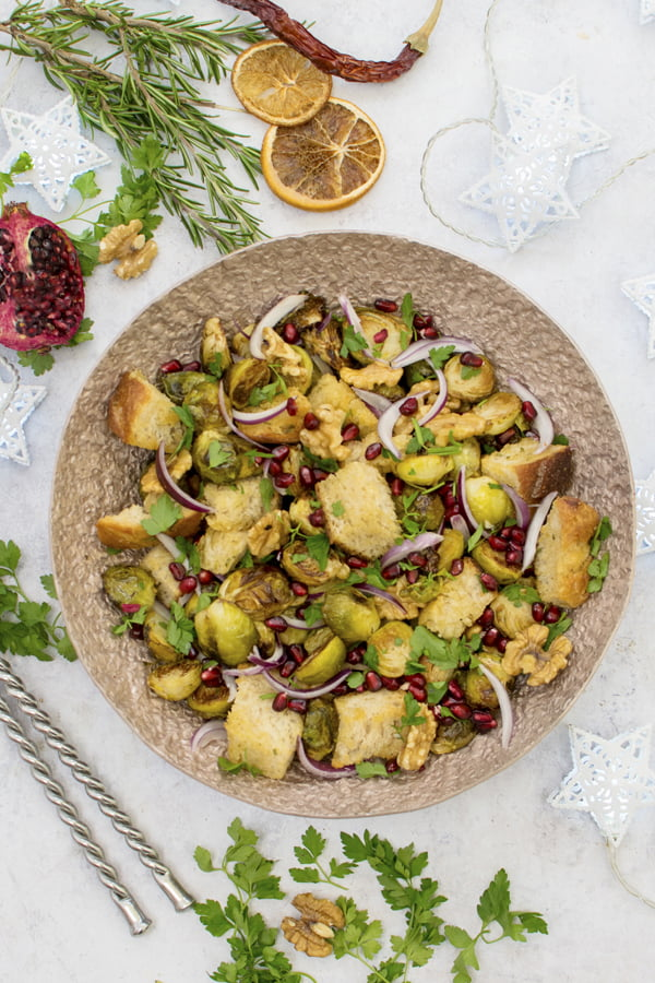 Brussels Sprout Panzanella [vegan] © The Flexitarian