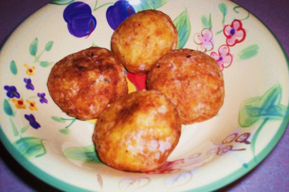 Rellenos de Papa - Potato balls stuffed with meat