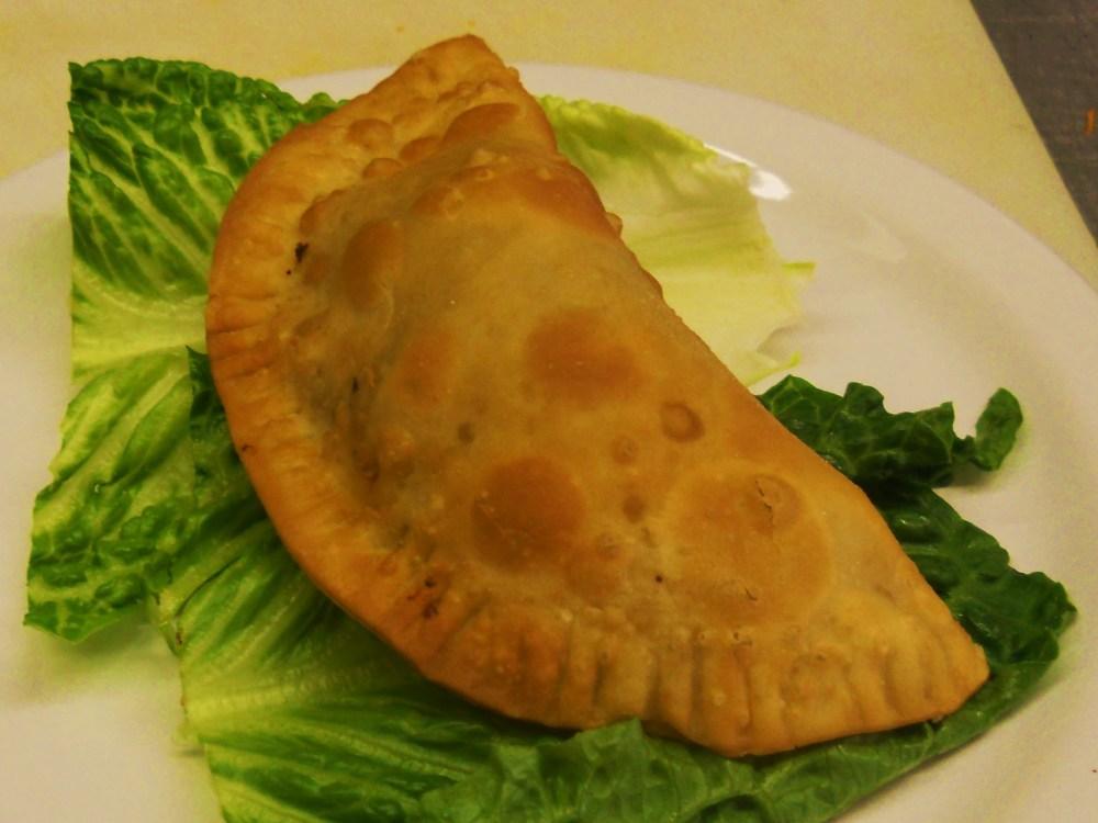 Puerto Rican Pastelillos de Carne (Empanadas) (4/4)