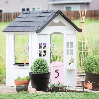 Kids' Modern Farmhouse Playhouse Makeover