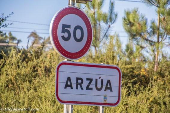 Arzua sign
