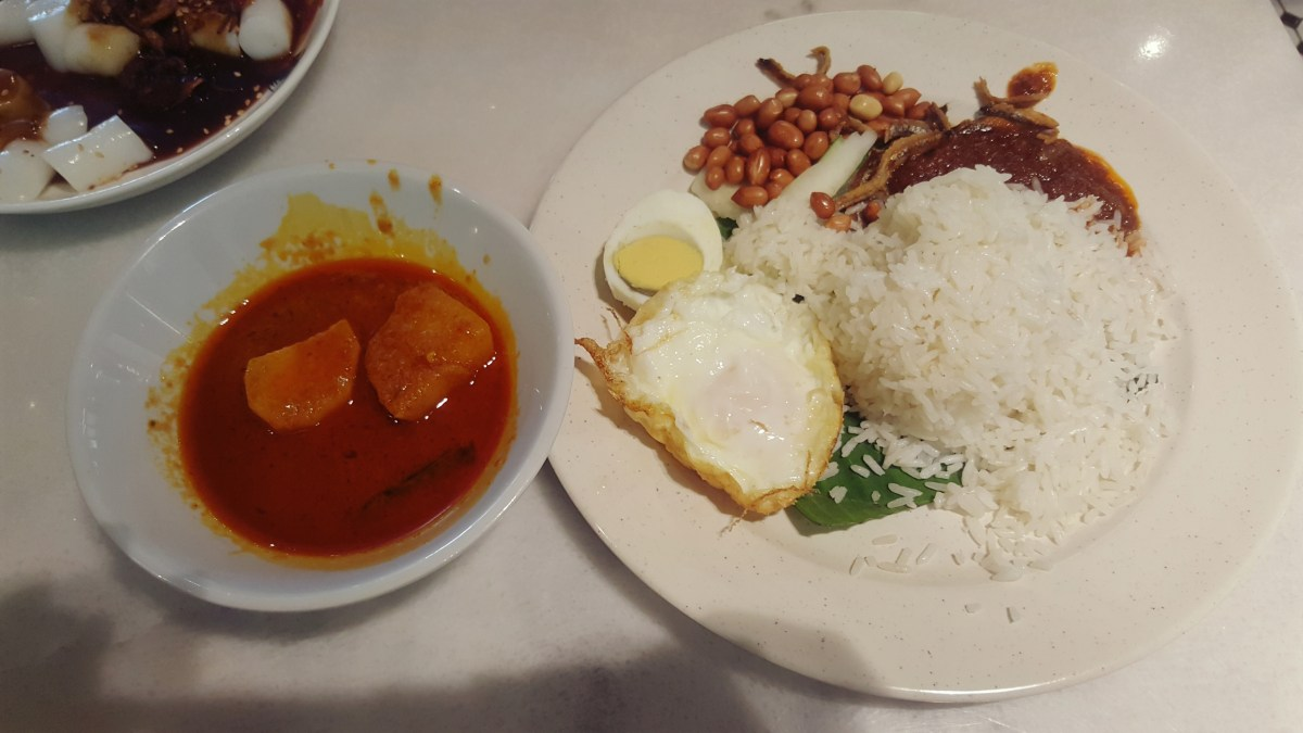 Ali, Muthu & Ah Hock @ Bangsar South - A good place for simple, local morning breakfast.