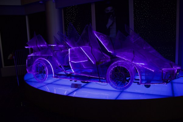 G dragon ice car
