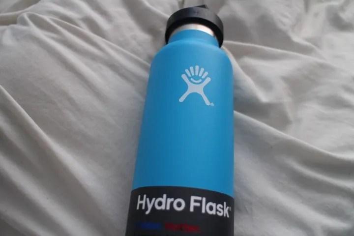 hydroflask_packaging