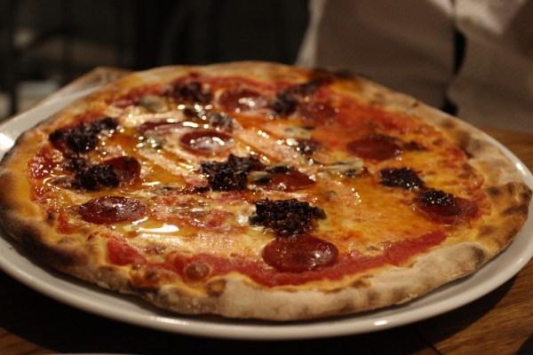 firebrand_pizza_spicy-salami
