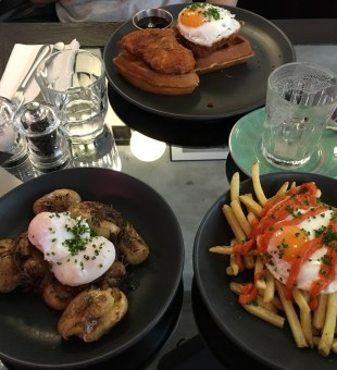 Dirty Bones Shoreditch Review- Does <em>Dirty</em> Brunch and Roasts