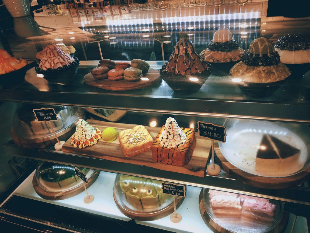 aza-Cafe-Soho-cakes-display
