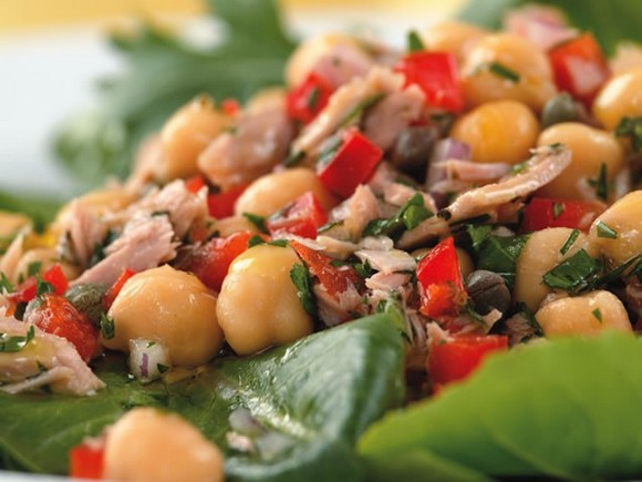 Mediterranean Tuna Antipasto Salad recipe
