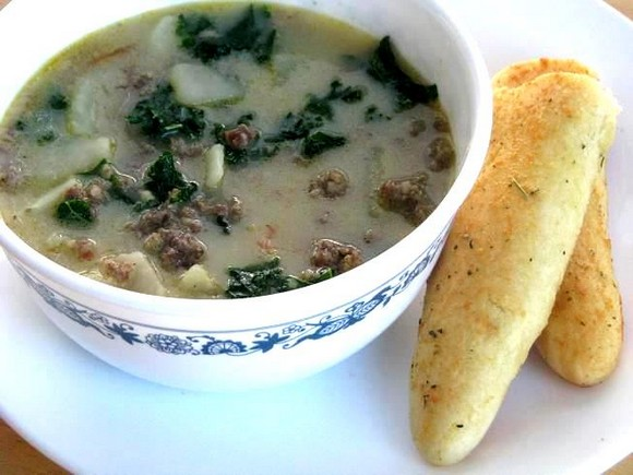 Olive Garden Zuppa Toscana Soup & Homemade Breadsticks recipe by Gluesticks Blog
