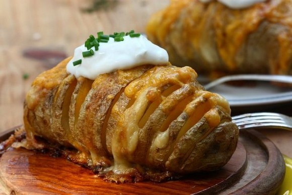 Scalloped hasselback potatoes recipe picture 1