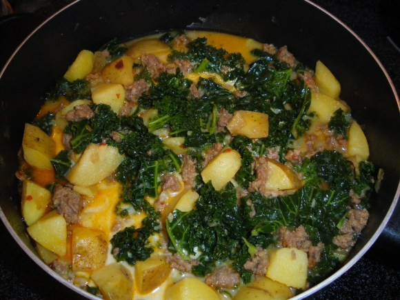 Easy Zuppa Toscana recipe by momaroo