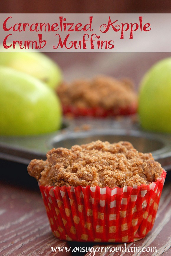Caramelized Apple Crumble Muffins recipe photo