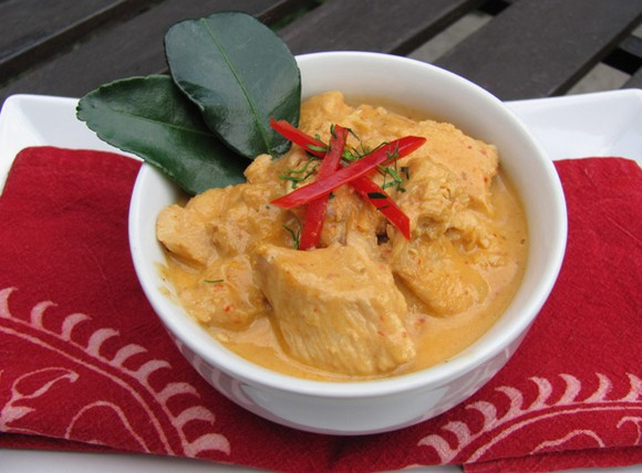 Panang Gai or Panang Curry with Chicken recipe by Thai Recipes From My Kitchen