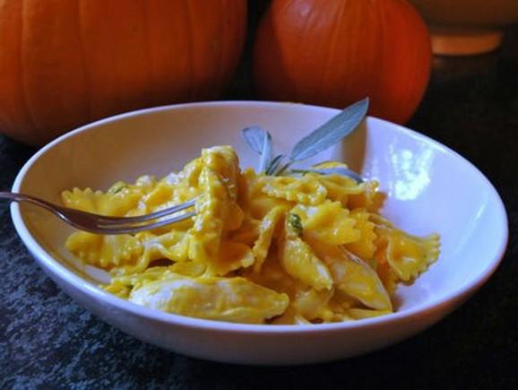 Pasta & Chicken In Pumpkin Cream Sauce recipe photo