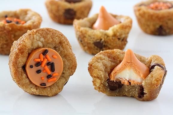 Pumpkin Spice Kiss Cookie Cups recipe photo