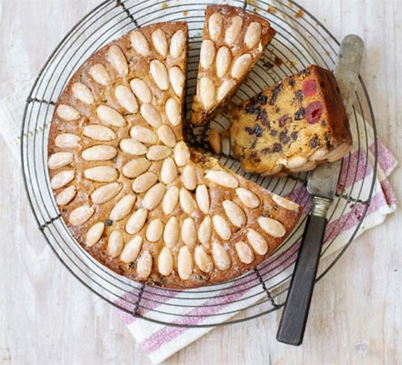 Great Britain - Dundee cake