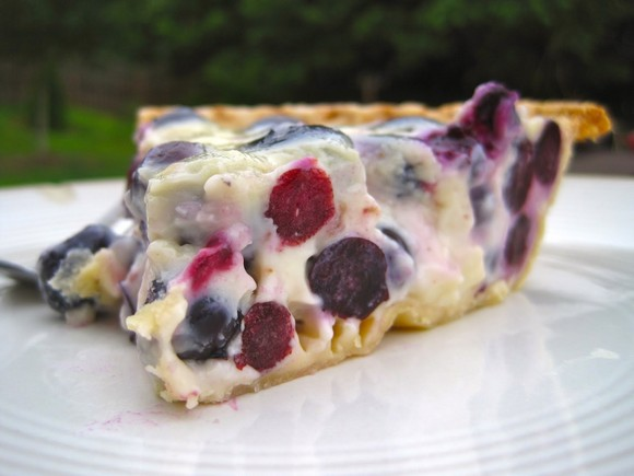Sour Cream Blueberry Pie recipe photo