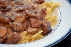 Crock-Pot Sirloin Tips with Mushrooms recipe