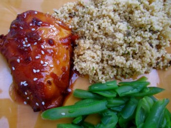 Crockpot Apricot and Onion Chicken recipe