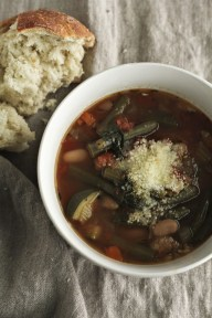 Super Easy Crock Pot Minestrone Soup recipe