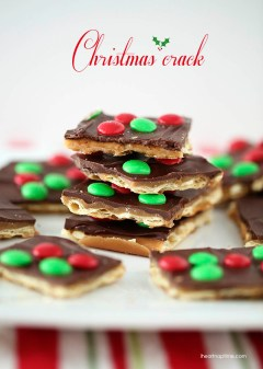 Christmas Crack Toffee by I Heart Naptime
