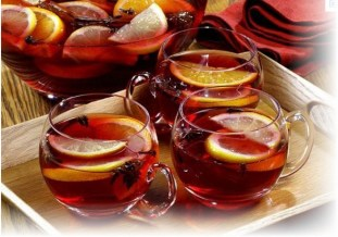Christmas Tea Punch (Adults Only) from Thinking Outside the Bag