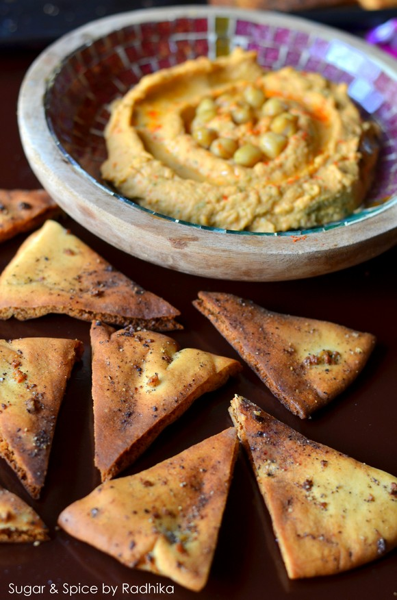 Roasted Red Pepper Hummus with Homemade Pita Chips