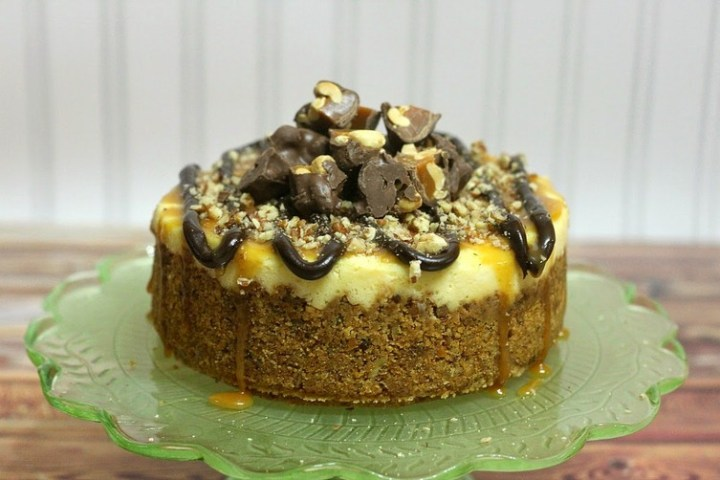 Crock Pot Turtle Cheesecake