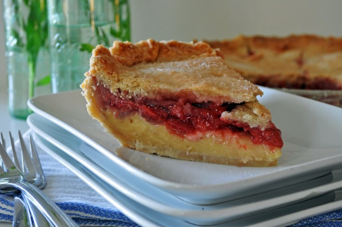 http://ofbatteranddough.com/strawberry-cream-pie/