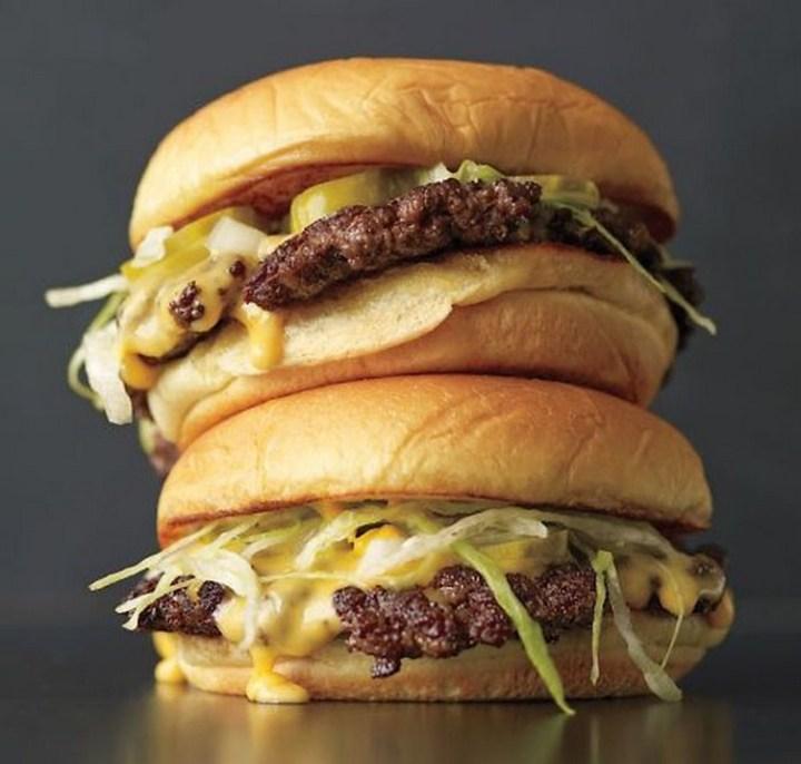 Thin Cheeseburger