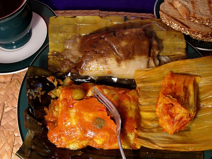 Guatemala - Tamales Colorados, Negros - Chuchitos Recipe