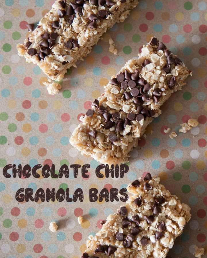 http://brooklynfarmgirl.com/2013/04/25/chocolate-chip-granola-bars/