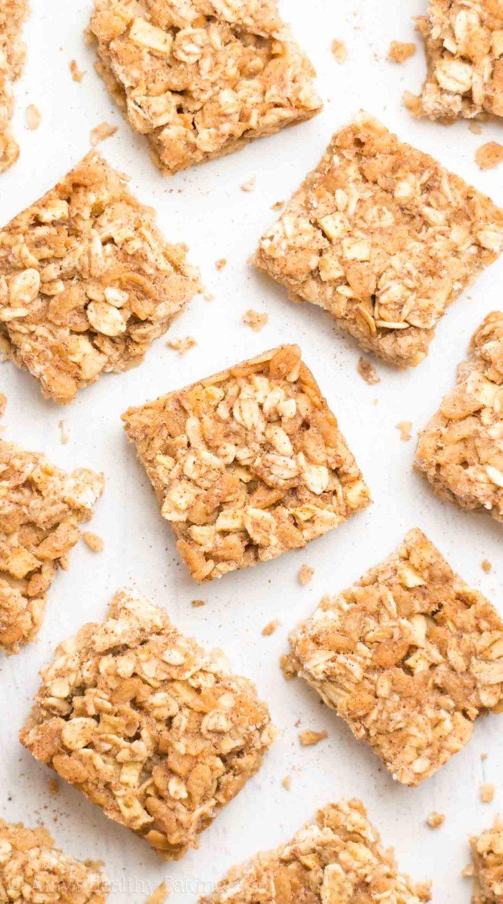 http://amyshealthybaking.com/blog/2016/06/16/apple-pie-granola-bar-bites/