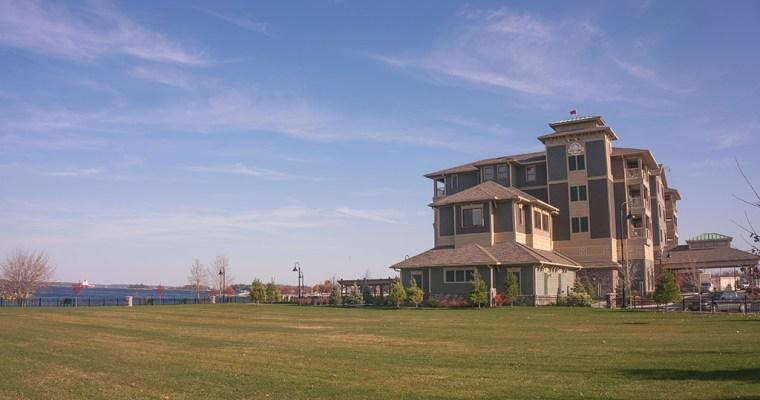 The Inn Thing: 1000 Islands Harbor Hotel in Clayton New York